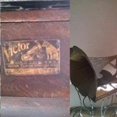 Gramófonos y gramolas: VITROLA. Lote 74287955