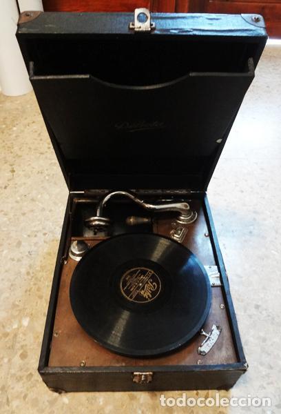GRAMÓFONO PORTÁTIL DÉLECTA (Radios, Gramófonos, Grabadoras y Otros - Gramófonos y Gramolas)