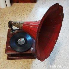 Gramófonos y gramolas: GRAMÓFONO PATHÉ DIAMOND. Lote 82392272