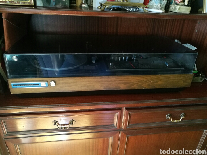Gramófonos y gramolas: Gran tocadiscos antiguo funcionando - Foto 5 - 82450002