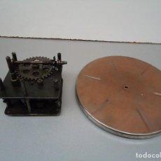 Gramófonos y gramolas: MOTOR DE GRAMOFONO 5. Lote 82877252