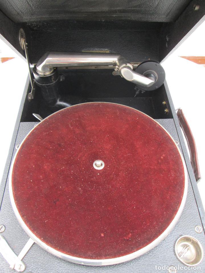 Gramófonos y gramolas: Gramofono antiguo de maleta Columbia viva-tonal grafonola Nº 109 A Made in England - Foto 4 - 84548760