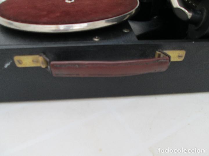 Gramófonos y gramolas: Gramofono antiguo de maleta Columbia viva-tonal grafonola Nº 109 A Made in England - Foto 8 - 84548760