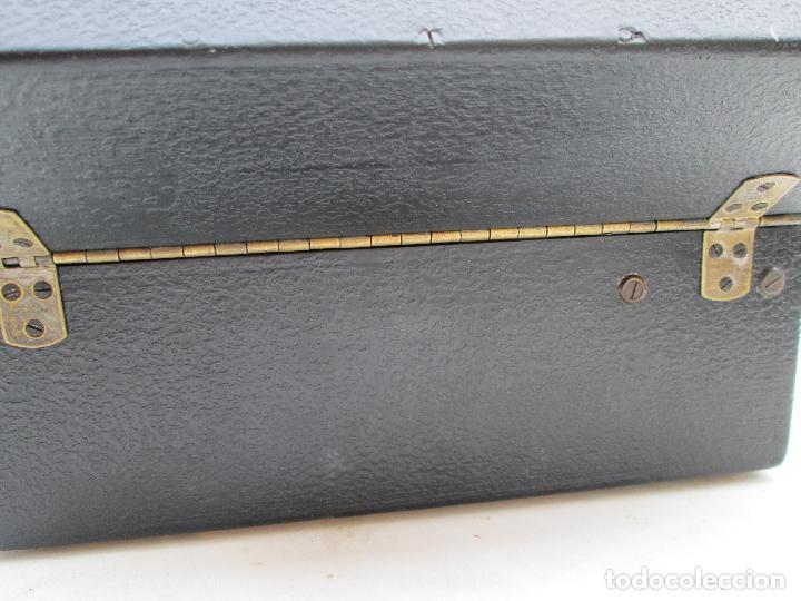 Gramófonos y gramolas: Gramofono antiguo de maleta Columbia viva-tonal grafonola Nº 109 A Made in England - Foto 9 - 84548760