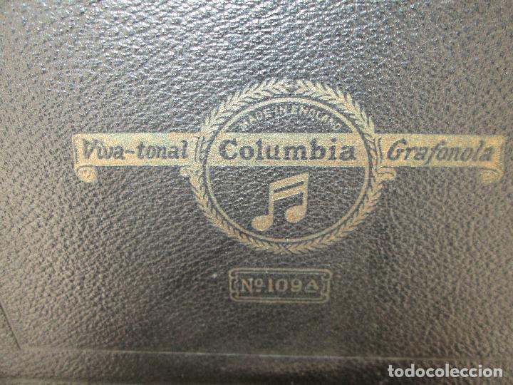 Gramófonos y gramolas: Gramofono antiguo de maleta Columbia viva-tonal grafonola Nº 109 A Made in England - Foto 11 - 84548760