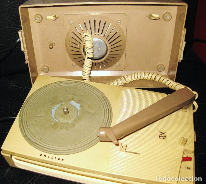 TOCADISCOS PHILIPS ALL TRANSISTOR AG 4000 AÑO 1963-64 -PICK-UP PORTATIL PARA PIEZAS NO FUNCIONA (Radios, Gramófonos, Grabadoras y Otros - Gramófonos y Gramolas)