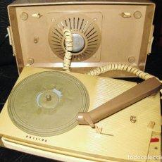 Gramófonos y gramolas: TOCADISCOS PHILIPS ALL TRANSISTOR AG 4000 AÑO 1963-64 -PICK-UP PORTATIL PARA PIEZAS NO FUNCIONA. Lote 87077376