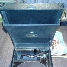 Gramófonos y gramolas: GRAMOFONO LA VOIX DE SON MAITRE ( HIS MASTER VOICE). Lote 91946275