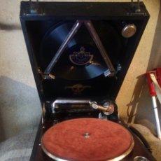 Gramófonos y gramolas: EXCEPCINAL GRAMOLA DE LUJO INGLESA FUNCIONANDO. Lote 93200788