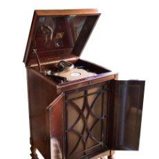 Gramófonos y gramolas: ANTIGUA GRAMOLA O GRAMÓFONO DE CAOBA, SONIDO PERFECTO,1920-1925 .UNA JOYA.LA VOZ DE SU AMO.. Lote 26275688