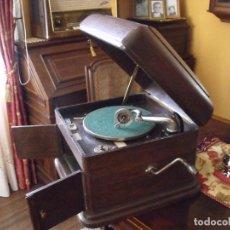 Gramófonos y gramolas: PRECIOSO Y ORIGINAL GRAMOFONO ODEON- EN ROBLE- AÑO 1920- FUNCIONA MUY BIEN- MUY BUEN ESTADO. Lote 97575967