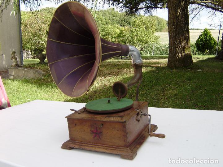 PRECIOSO Y RARO GRAMOFONO CABEZA DE LECTURA PATHE FUNCIONANDO CON AGUJA ZAFIRO ORIGINAL,MUSEO 791€ (Radios, Gramófonos, Grabadoras y Otros - Gramófonos y Gramolas)