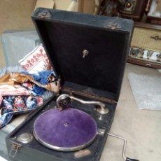 Gramófonos y gramolas: ANTIGUA GRAMOLA DE MANIVELA. Lote 100517514