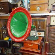Gramófonos y gramolas: GRAMOFONO FUNCIONANDO. Lote 101381979