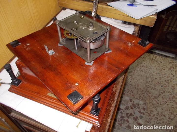 Gramófonos y gramolas: Gramofono funcionando - Foto 12 - 101381979