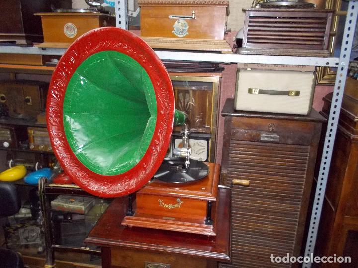 Gramófonos y gramolas: Gramofono funcionando - Foto 15 - 101381979