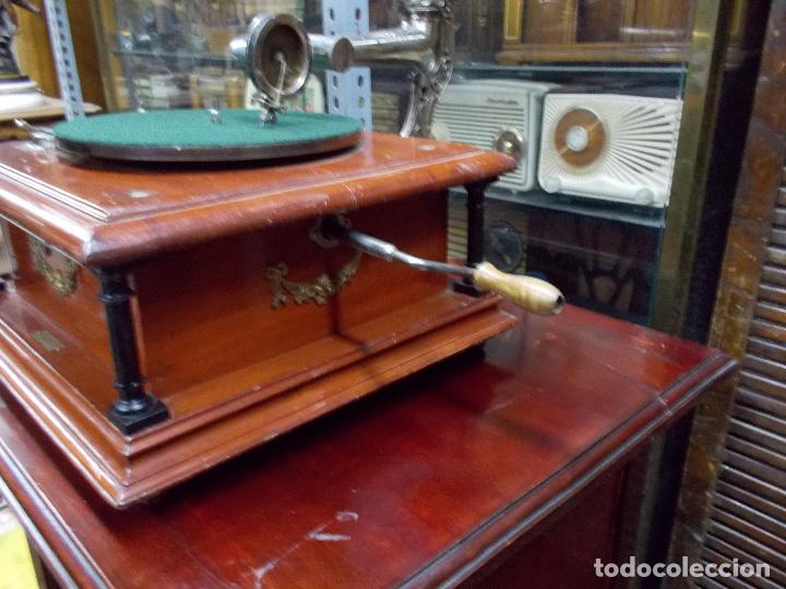 Gramófonos y gramolas: Gramofono funcionando - Foto 31 - 101381979
