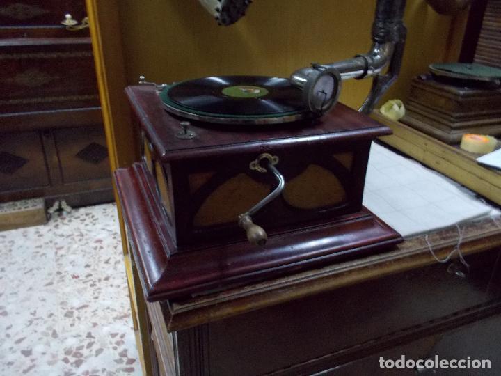 Gramófonos y gramolas: Gramofono funcionando - Foto 33 - 104963847