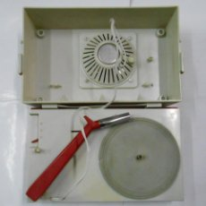 Gramófonos y gramolas: TOCADISCOS PORTATIL EN MALETA. PHILIPS ALL TRANSISTOR. PB39. Lote 107648303