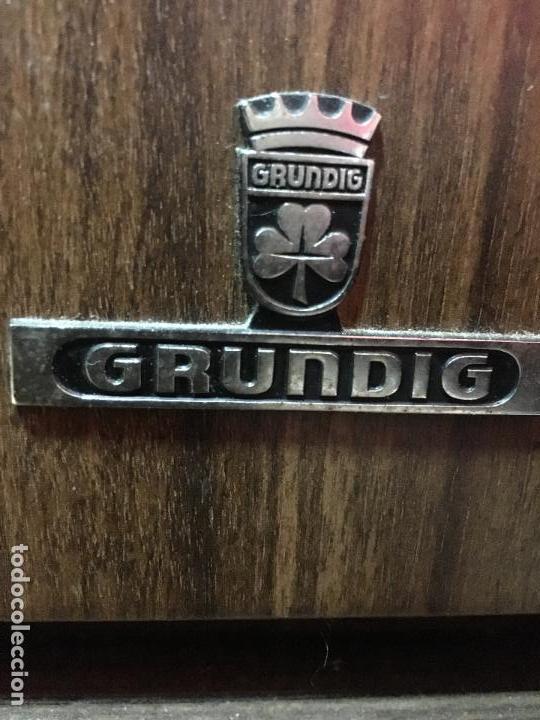 Gramófonos y gramolas: MUEBLE ESTILO NORUEGO ESCANDINAVO RADIO TOCADISCO GRUNDIG - FUNCIONANDO - Foto 3 - 107733143