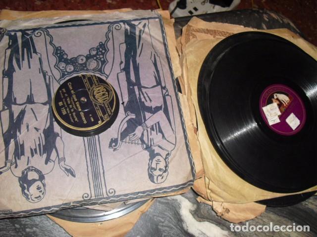 Gramófonos y gramolas: MALETA GRAMOLA,EN USO,EXTERIOR MALETA CON FALTAS,VER IMAGENES - Foto 10 - 108081495