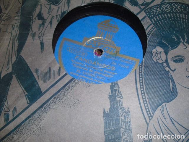 Gramófonos y gramolas: MALETA GRAMOLA,EN USO,EXTERIOR MALETA CON FALTAS,VER IMAGENES - Foto 11 - 108081495