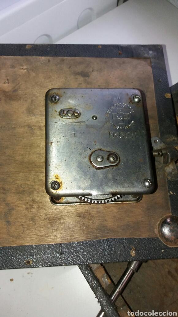 Gramófonos y gramolas: Gramofono portatil VICTORIA con mecanismo thorens - Foto 6 - 108300006