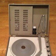 Gramófonos y gramolas: MALETA TOCADISCOS : LA VOIX DE SON MAITRE+ 60'S +. Lote 109289303