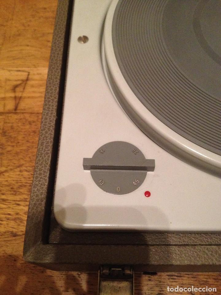 Gramófonos y gramolas: MALETA TOCADISCOS : LA VOIX DE SON MAITRE+ 60'S + - Foto 4 - 109289303