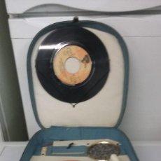 Gramófonos y gramolas: TOCADISCOS PORTATIL. Lote 110563227