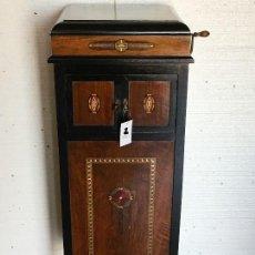 Gramófonos y gramolas: GRAMÓFONO . Lote 111956395