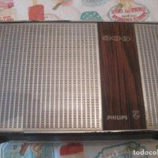 Gramófonos y gramolas: TOCADISCOS PORTATIL A PILAS PHILIPS GF 300. Lote 112802147