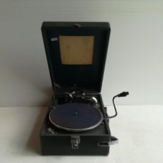 Gramófonos y gramolas: TOCADISCOS -DECA- DE MALETA, CERCA DE 1.930. Lote 116443795