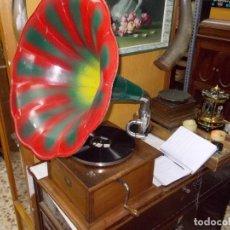 Gramófonos y gramolas: GRAMOFONO AM. Lote 120236615