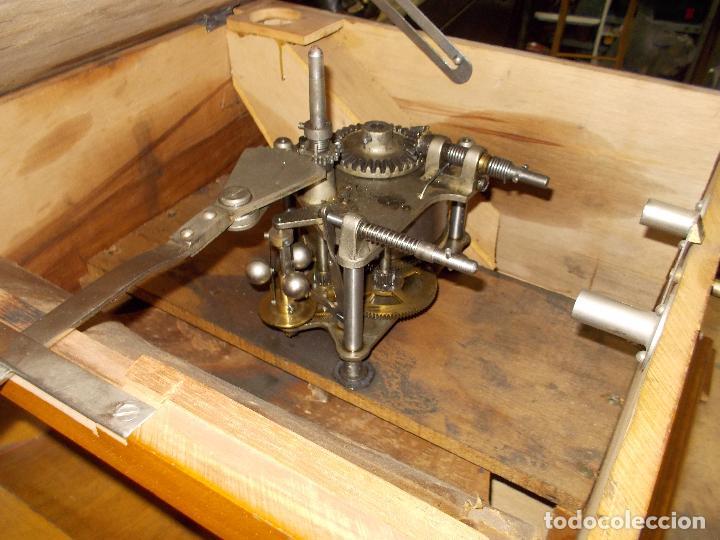 Gramófonos y gramolas: Gramofono Pathephone Nº 30 funcionando - Foto 4 - 121064775