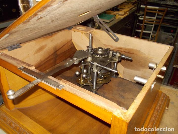Gramófonos y gramolas: Gramofono Pathephone Nº 30 funcionando - Foto 5 - 121064775