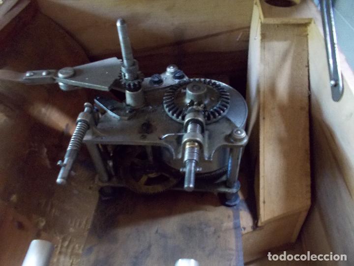Gramófonos y gramolas: Gramofono Pathephone Nº 30 funcionando - Foto 8 - 121064775