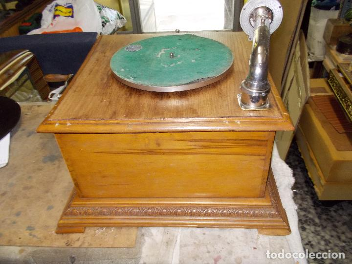 Gramófonos y gramolas: Gramofono Pathephone Nº 30 funcionando - Foto 10 - 121064775