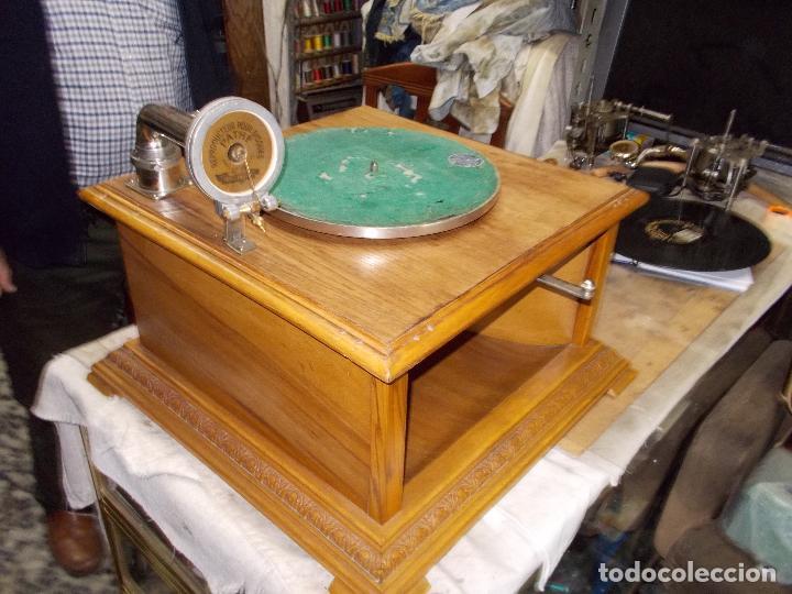 Gramófonos y gramolas: Gramofono Pathephone Nº 30 funcionando - Foto 12 - 121064775