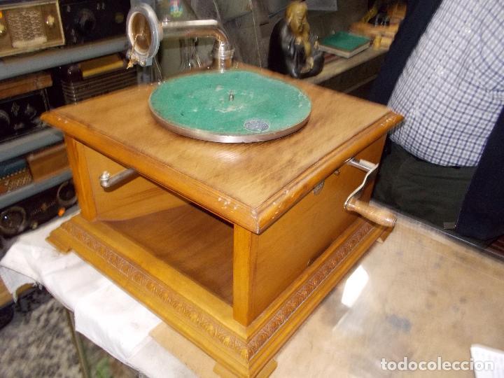 Gramófonos y gramolas: Gramofono Pathephone Nº 30 funcionando - Foto 13 - 121064775