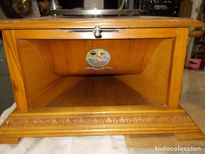 Gramófonos y gramolas: Gramofono Pathephone Nº 30 funcionando - Foto 19 - 121064775