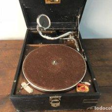 Gramófonos y gramolas: GRAMÓFONO LA VOZ DE SU AMO EN FUNCIONAMIENTO Y ALBUMES DE VINILOS . Lote 125821791