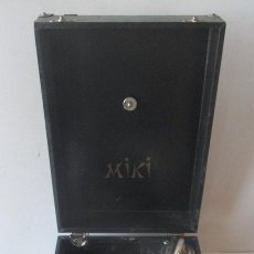 Gramófonos y gramolas: ANTIGUA GRAMOLA MIKI. Lote 127438895