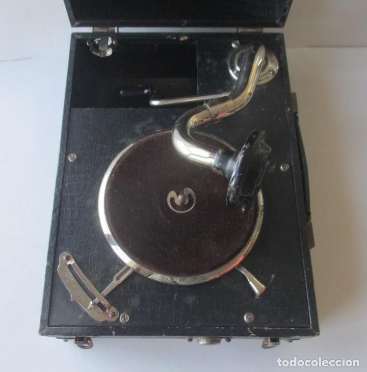 Gramófonos y gramolas: ANTIGUA GRAMOLA MIKI - Foto 2 - 127438895