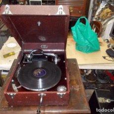 Gramófonos y gramolas: GRAMOLA SALABEST FUNCIONANDO. Lote 132406758