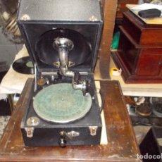 Gramófonos y gramolas: GRAMOLA ODEON FUNCIONANDO. Lote 132933722