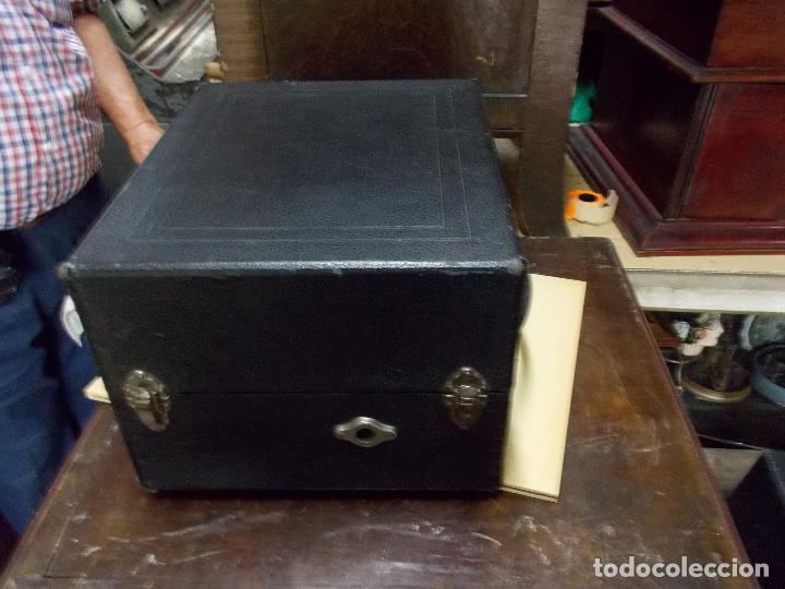 Gramófonos y gramolas: gramola odeon Funcionando - Foto 2 - 132933722