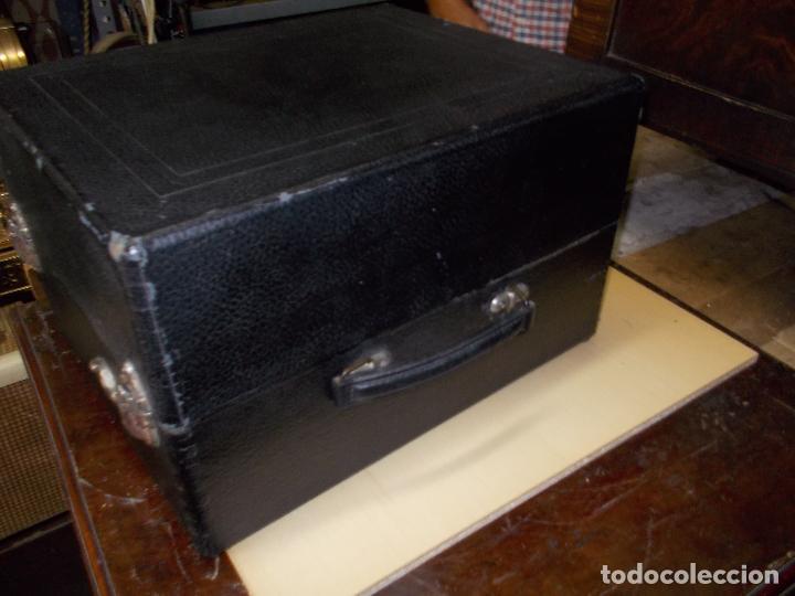 Gramófonos y gramolas: gramola odeon Funcionando - Foto 6 - 132933722