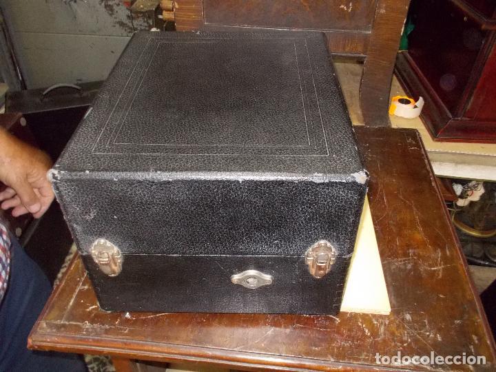 Gramófonos y gramolas: gramola odeon Funcionando - Foto 8 - 132933722