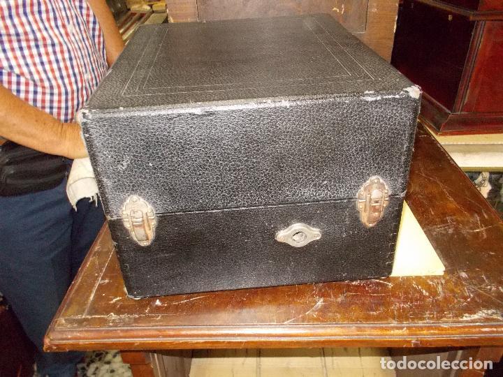 Gramófonos y gramolas: gramola odeon Funcionando - Foto 15 - 132933722